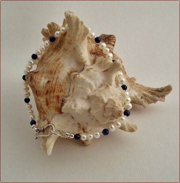 Peal and Lapis bracelet