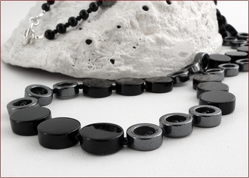 onyx and hematite necklace
