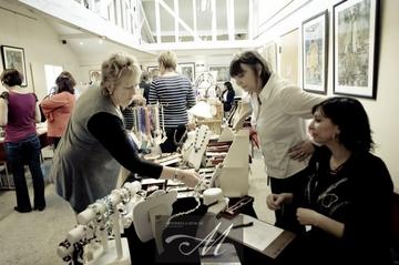 DiDi jewellery stall