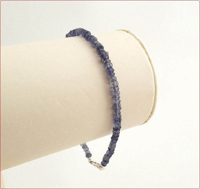 Iolite Precious Friendship Bracelet (SM126)