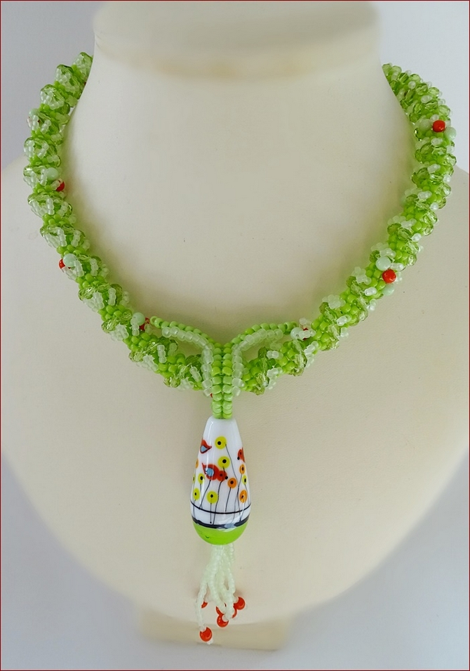 `Red Birds` Beadwork Pendant Necklace in Lime Green (BW137)