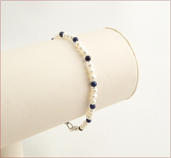 Pearl and Lapis Lazuli Precious Friendship Bracelet (SM112)