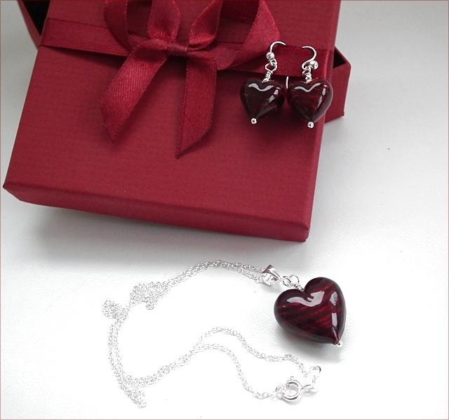 Darkest Ruby Murano Pendant and Earrings Set (SM111)