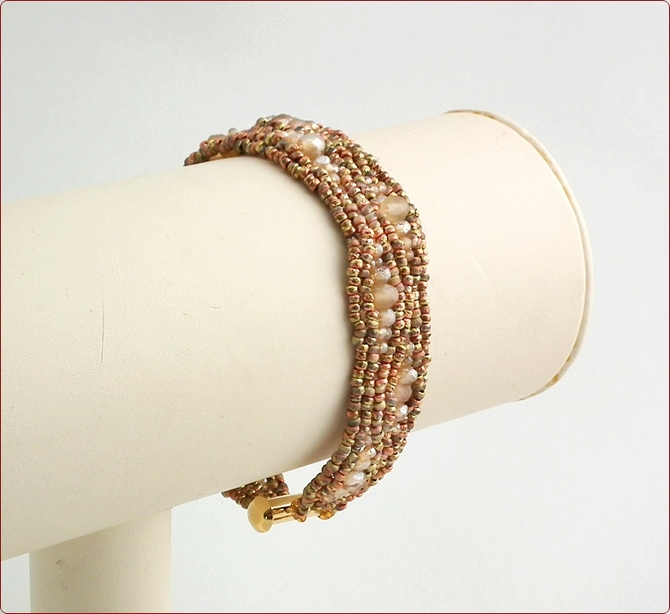 Sandy Shore Beadwork Bracelet (BB014)