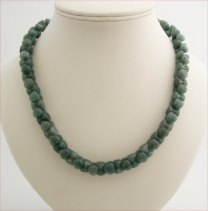 Aventurine Hearts Necklace (LS97)
