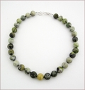 Green Serpentine Knotted Necklace (LS113)