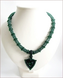 'Zamarad' Emerald Green Beadwork Pendant Necklace (BW104)